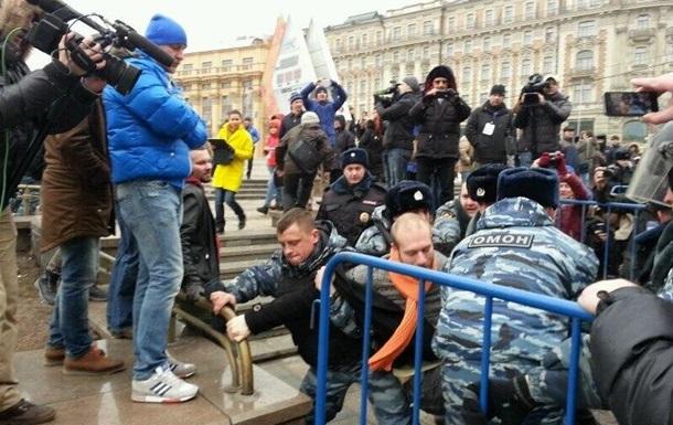 В Москве и Петербурге судят участников антивоенных акций