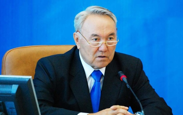 Назарбаев предложил провести встречу представителей ТС по Украине