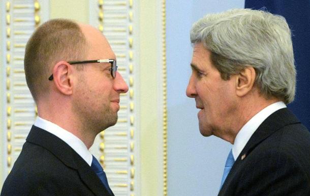 В Киев прибыли американские специалисты, которые помогут разыскать и вернуть выведенные из Украины активы