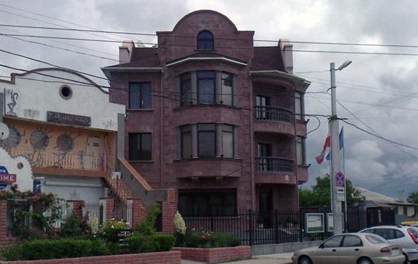 Польша эвакуирует свое консульство в Крыму
