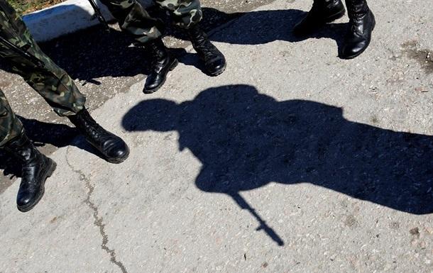 Кабмин распорядился усилить контроль на выездах из Крыма