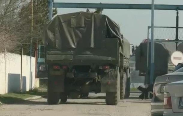 Передвижения российских войск в Джанкое - BBC