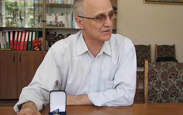Выпускники школ Севастополя получат украинский и российский аттестаты