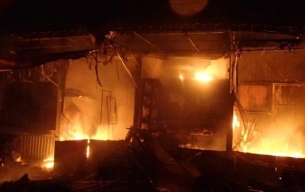Пожар на Бессарабском рынке повредил площадь около 200 кв. м.