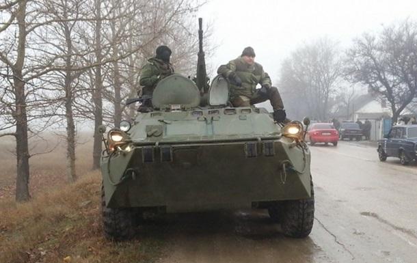 Российская военная техника направилась вглубь Крыма
