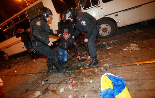 Пострадавший на митинге в Донецке рассказал, как их ставили на колени