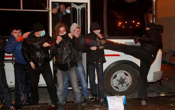 Донецкий облздрав подтверждает гибель одного человека в столкновениях между участниками митингов