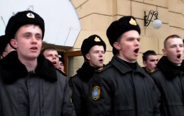 Часть курсантов нахимовской академии в Севастополе отказалась переходить под флаг России