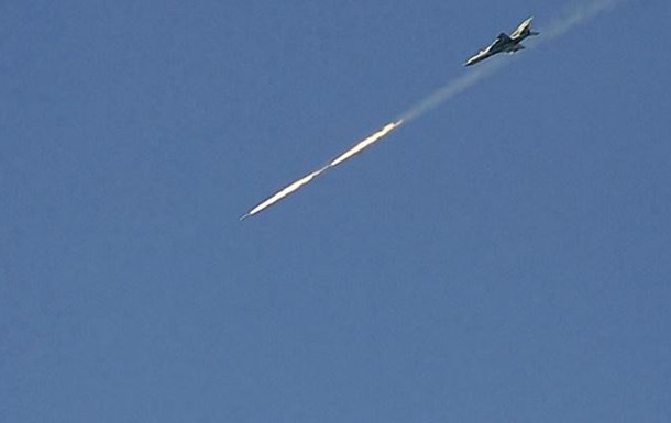 Турецкие истребители сбили сирийский военный самолет
