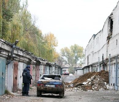 Оползень в Днепропетровске: пострадало 28 гаражей и 6 автомобилей