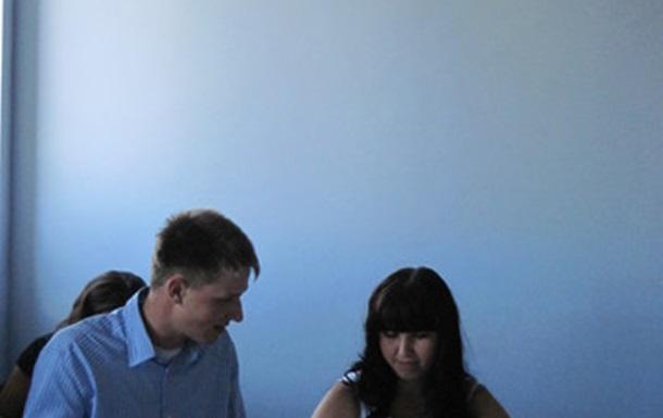 В Тернополі молодь вчилась протидіяти передвиборчим інформаційним маніпуляціям