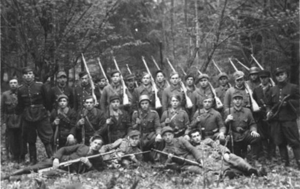 Боротьба ОУН і УПА проти гітлерівського і сталінського режимів