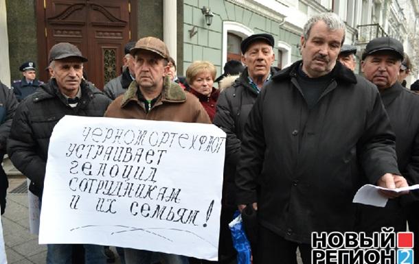 Украинцы понемногу выходят из политической летаргии. Давно пора!