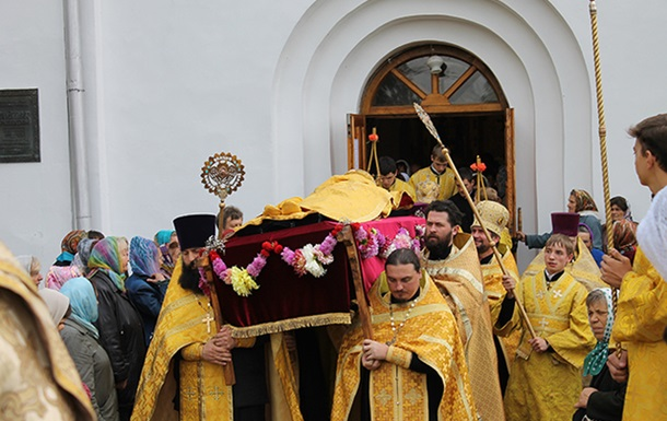 Мощи святого Феодосия возвратились в свою обитель