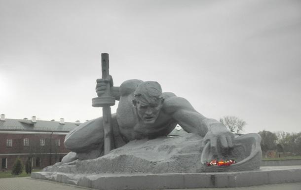 Брестская крепость  в Дні  визволення  Києва