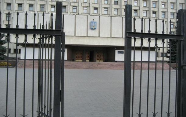 Симоненко и Богомолец подали в ЦИК документы для участия в выборах президента