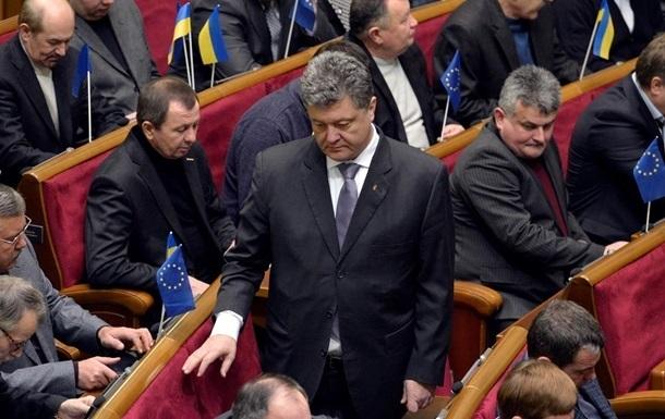 Порошенко подал в ЦИК документы на регистрацию кандидатом в президенты