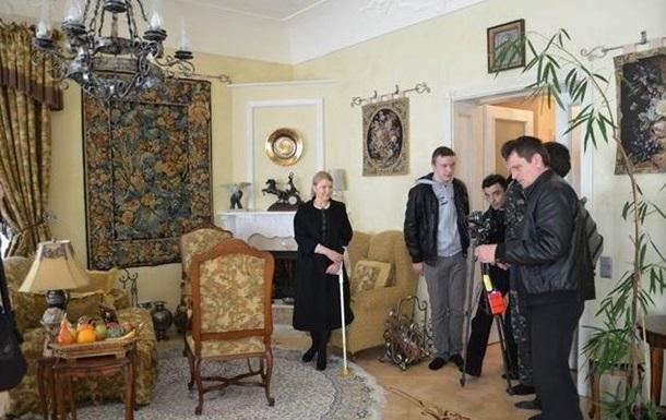 Тимошенко задекларировала доходы: 180 тысяч гривен, нет авто, дома и счетов