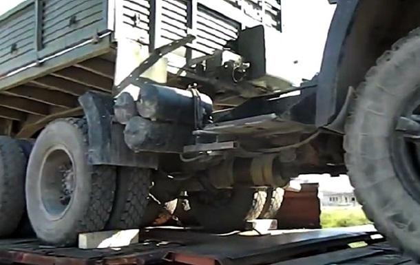 Российские солдаты разграбили украинскую технику, которую отправляют на материк