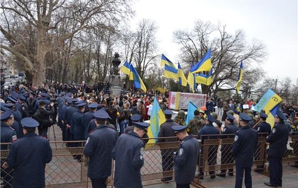 Одесская мэрия  закрыла решетками все двери в ожидании штурма - СМИ