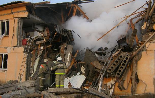 Один человек погиб и восемь пострадали при взрыве газа в Омске