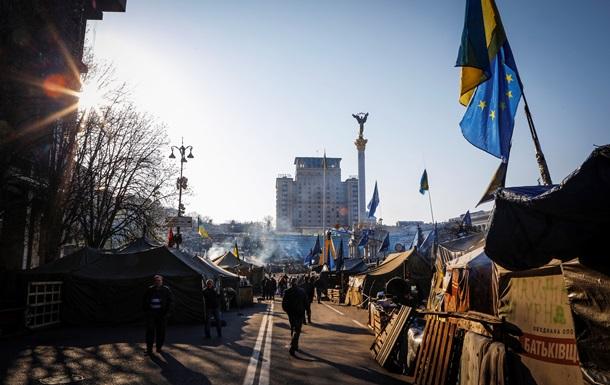 53% украинцев поддерживают интеграцию в Евросоюз - опрос