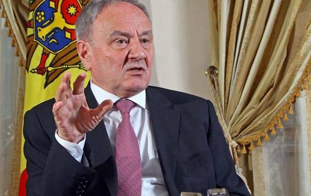 Украина потеряла Крым из-за низкой боеспособности армии - президент Молдовы