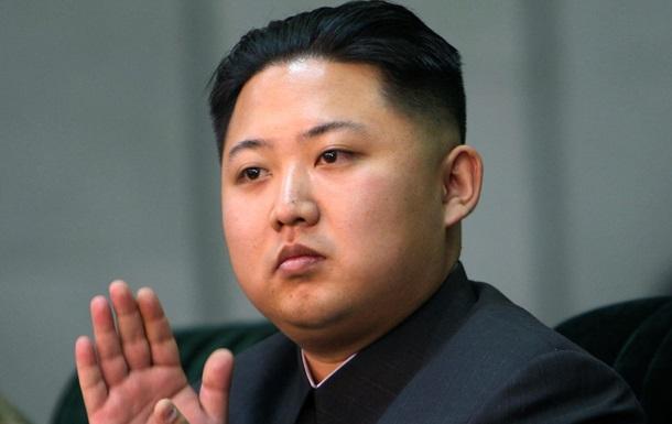 Ким Чен Ун лично сжег из огнемета неугодного чиновника - британские СМИ