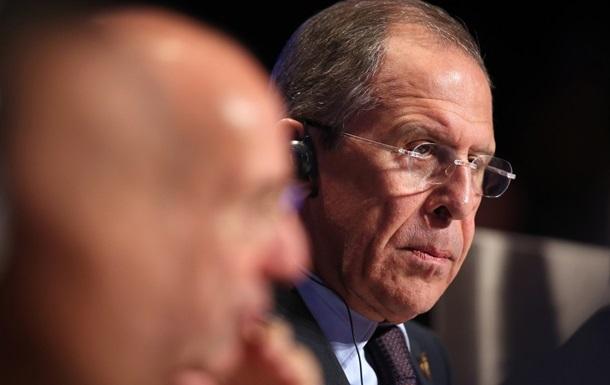 Лавров потребовал предъявить факты участия РФ в событиях в Украине
