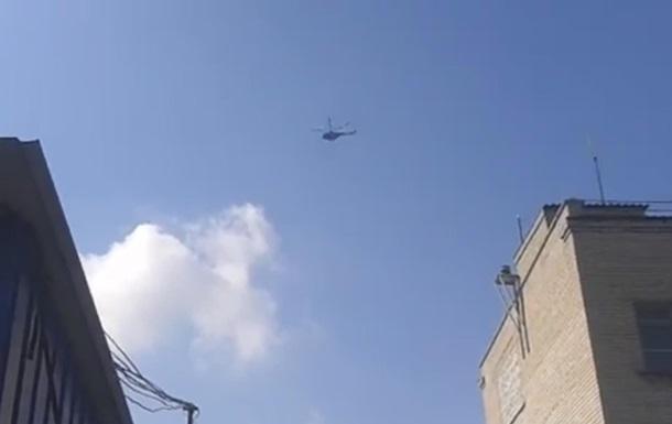 Над Славянском кружат вертолеты. Видео очевидцев