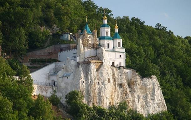 Жителям Славянска МВД не рекомендует на Пасху посещать церковь