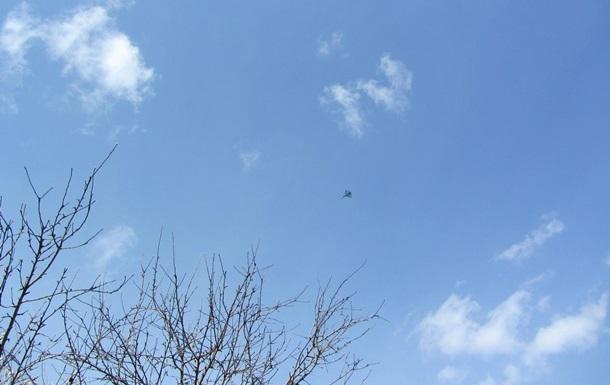 Истребитель сделал несколько кругов над Донецким горсоветом - источник