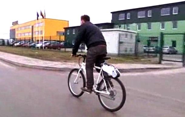 Литовский инженер изобрел съемный электромотор для велосипедов