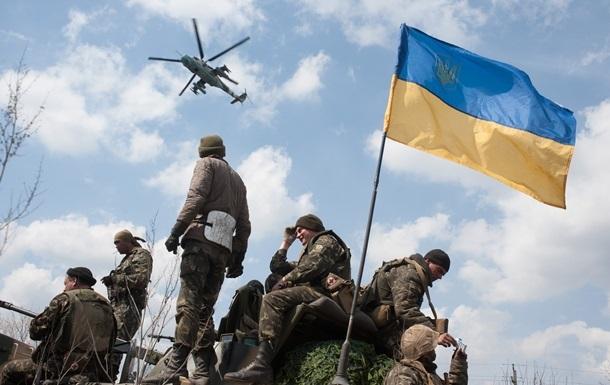 Луганскую область охраняют БТР и системы Град
