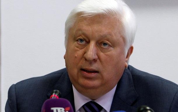 ГПУ подозревает Пшонку в похищении автомобиля во время побега из Украины