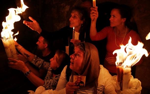 Благодатный огонь прибудет в Киев вечером 19 апреля