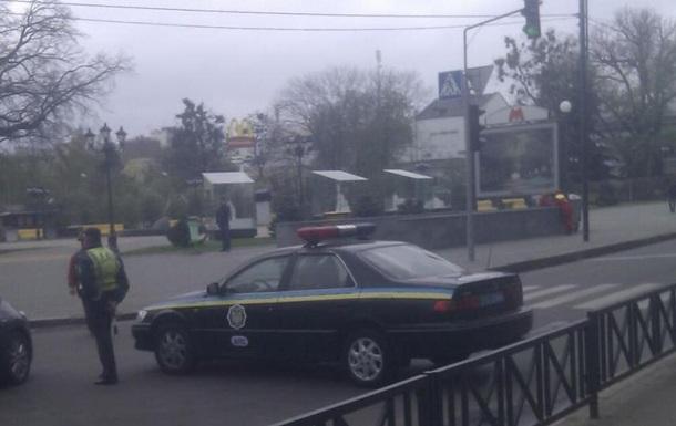 На площади Свободы в Харькове начали собираться пророссийские активисты