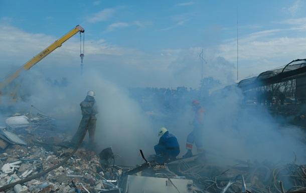 Уже четыре человека погибли от взрыва на АЗС в Переяслав-Хмельницком