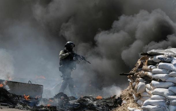 Донецкий облсовет требует прекратить силовые действия в регионе