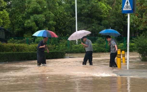 На юге Китая от наводнений пострадали более 1,2 млн человек, есть погибшие