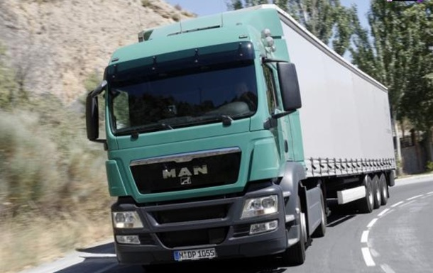 За перевозки грузовым автотранспортом по Украине придется платить