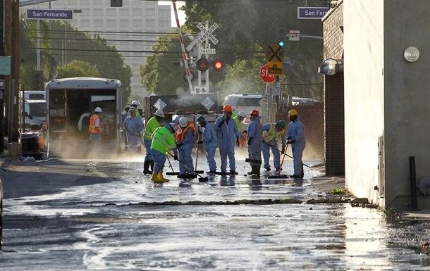 Более 200 тысяч литров нефти залили улицы Лос-Анджелеса
