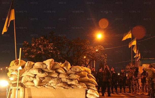 Украинская армия берет под контроль блокпосты Николаева