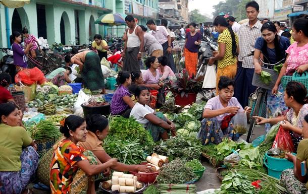 Корреспондент: Привет из 90-х. Письмо из Мьянмы