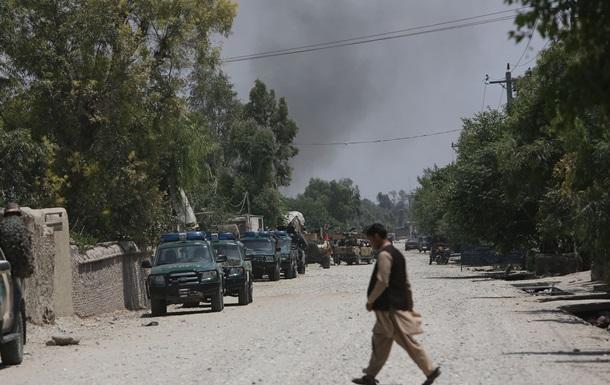 В Афганистане обстреляли машину таджикского дипломата