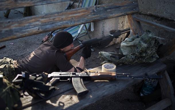 Яценюк пообещал амнистию ополченцам, не совершавшим тяжкие преступления
