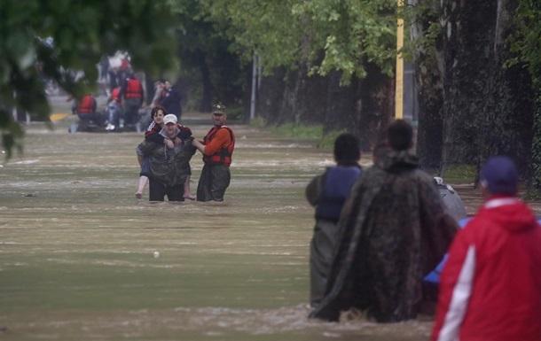 Балканы просят международной помощи в борьбе с наводнением