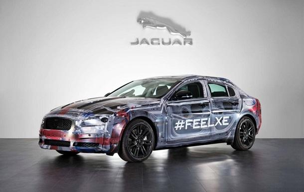 Jaguar впервые показал новую модель – компактный седан XE