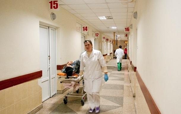 В Житомирской области госпитализировали восемь детей и воспитательницу детского сада