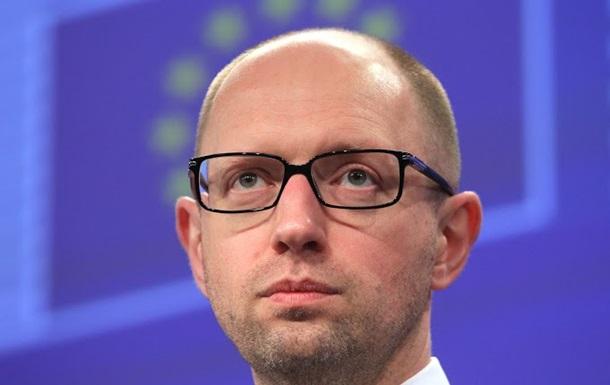 Яценюк: Переговоры Украины и России без посредников невозможны